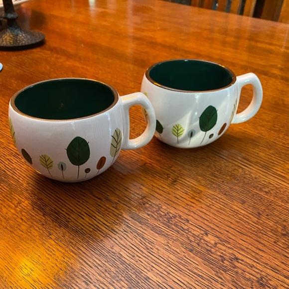 Starbucks mugs set
